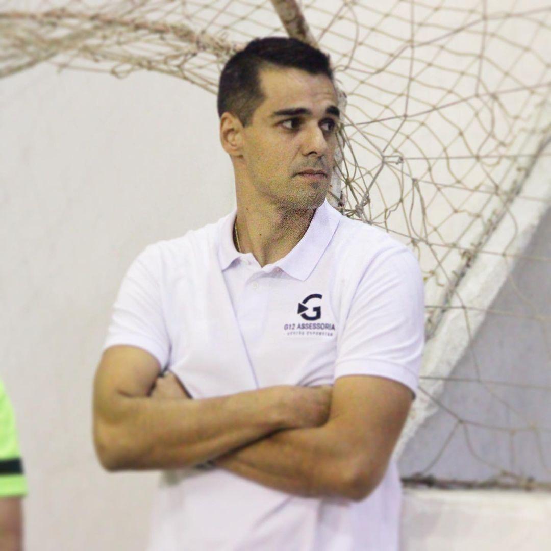 Густаво Парадеда