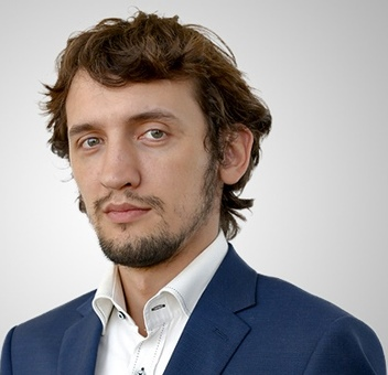 Евгений Акманов